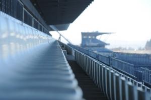 11-Grand-Prix-Strecke-Tribuene-Copyright-Nuerburgring